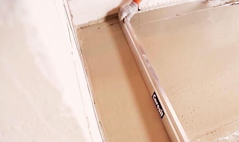 заливка стяжки цеметно-песчанной смесью